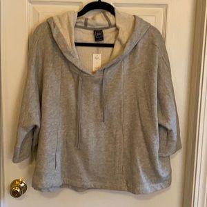 NWT Gap sweatshirt Siza small